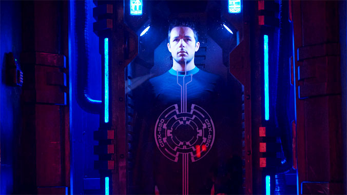 Dark Matter S01E01: Pilote (2015)
