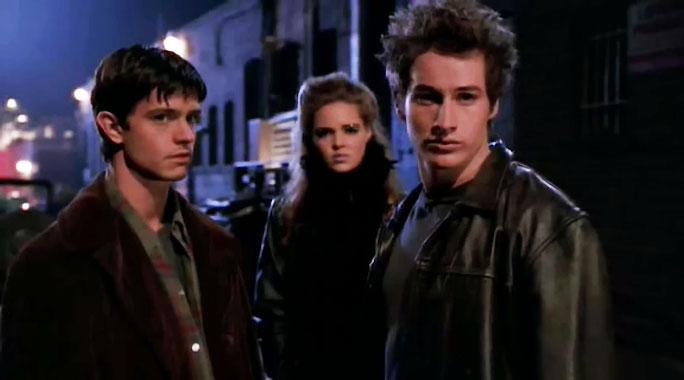 Roswell S01E01: La révélation (1999)