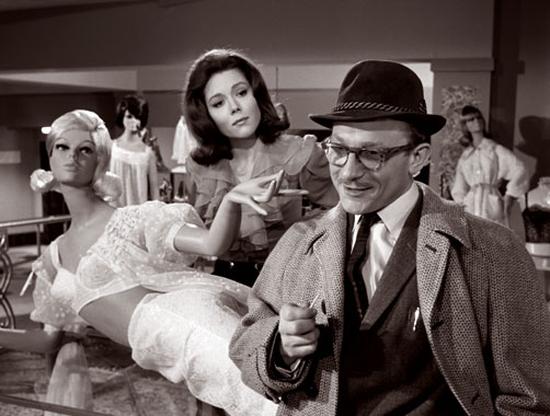 Chapeau Melon et Bottes de Cuir S04E05: Mort en magasin (1965)