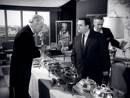 Chapeau Melon et Bottes de Cuir S04E09: Avec vue imprenable (1965)
