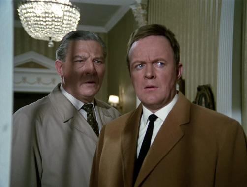 Département S S01E01 : L'envers du décor (1969)