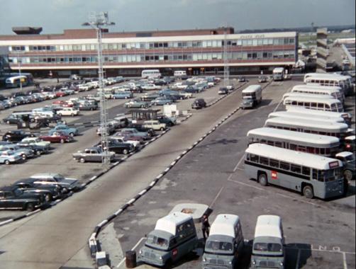 Département S S01E07 : L'avion vide (1969)