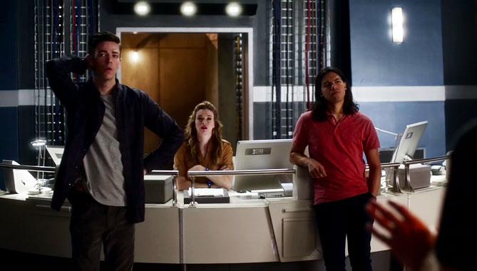 The Flash S03E08: Invasion ! (2016)