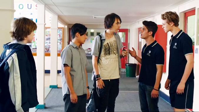 Nowhere Boys: Entre deux mondes S01E08: Dîner et déboires (2013)