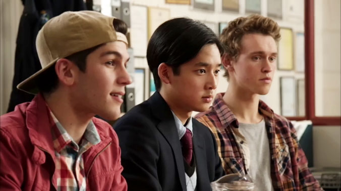 Nowhere Boys S02E01: Episode premier (2014)