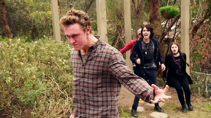 Nowhere Boys: Entre 2 mondes S02E10: Episode Dix (2015)
