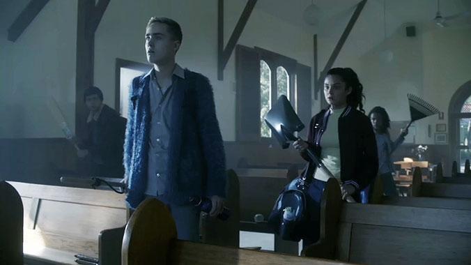 Nowhere Boys S03E03 : Nous ne sommes pas seuls (2016)