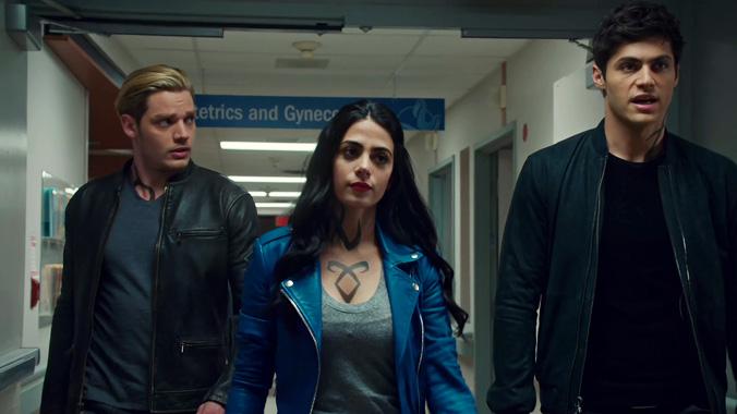 Shadowhunters S03E01: Le territoire de l'Enfer (2018)