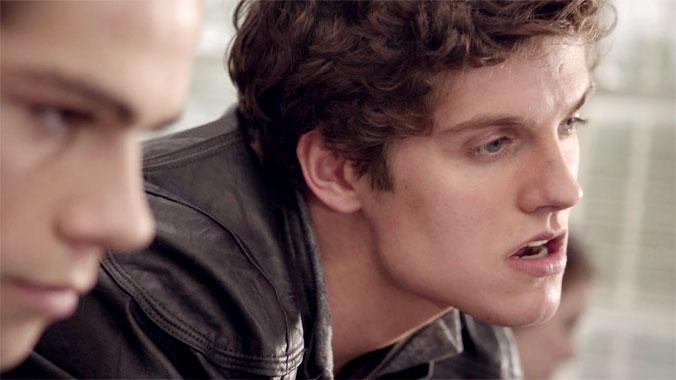 Teen Wolf S02E05: Meute contre meute (2012)