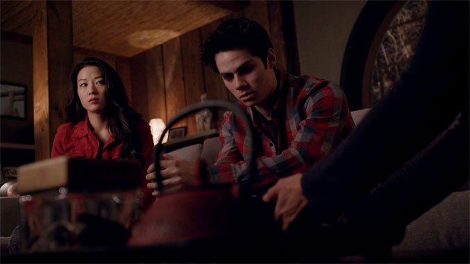 Teen Wolf S03E24: Le Coup Divin (2014)