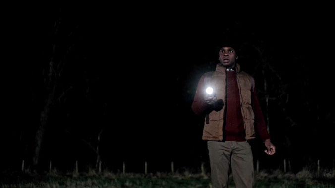 Wolfblood, le secret des loups S03E03: Tensions et mensonges (2014)